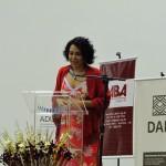 Raquel Oliveira durante a premiação da ABA